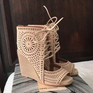 NEW 💕 Jeffrey Campbell Wedge Sandals 💕sz 6